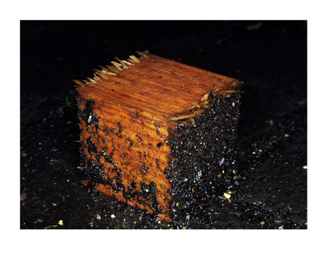 010-Dirty-wood-cube-MATERIA